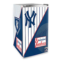 New York Yankees Licensed Counter Height Refrigerator