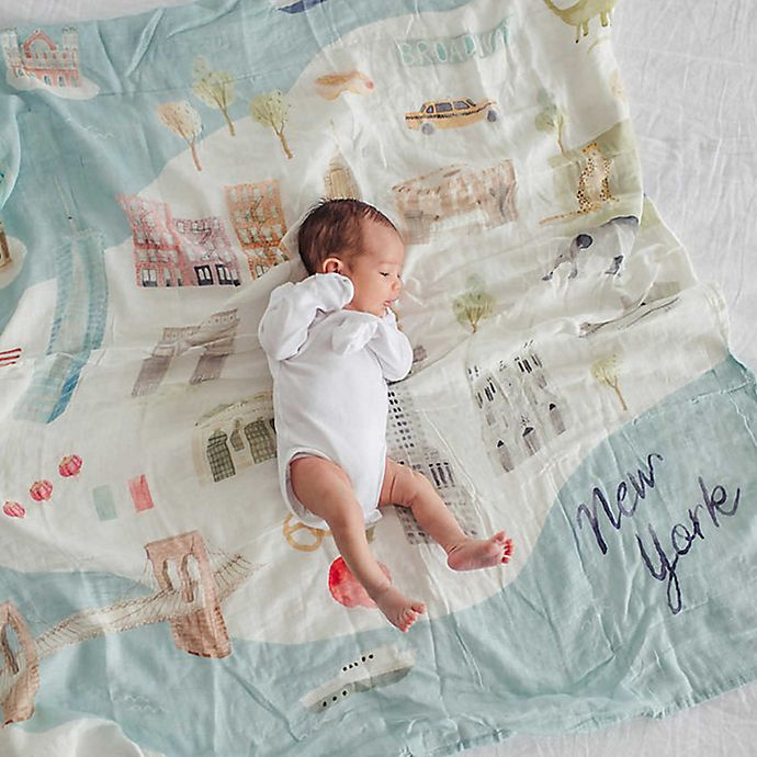 Alternate image 1 for Loulou Lollipop New York City Muslin Swaddle Blanket