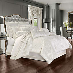J. Queen New York™ Cordelia 4-Piece Queen Comforter Set in White
