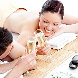 Couples Massage with Steam Room and Champagne by VEBO®