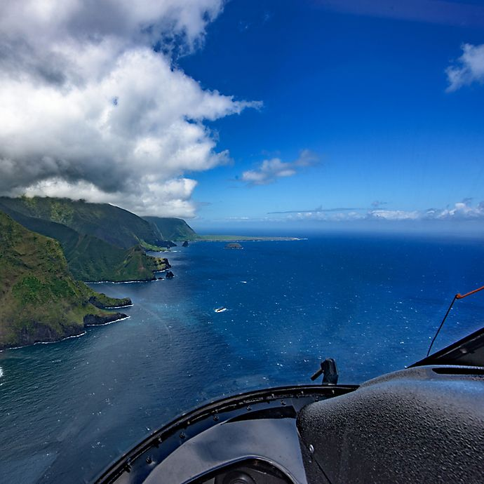 Alternate image 1 for Molokai Deluxe Helicopter Tour  by Spur Experiences®