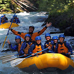 Half-Day Whitewater Rafting in White Salmon River by Spur Experiences®