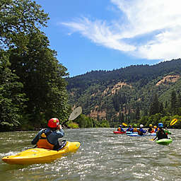 Klickitat River, Washington Whitewater Kayaking 2-Day Beginner Course by Spur Experiences®