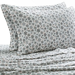 Laundry by SHELLI SEGAL® 160 GSM Snowflake Flannel Sheet Set