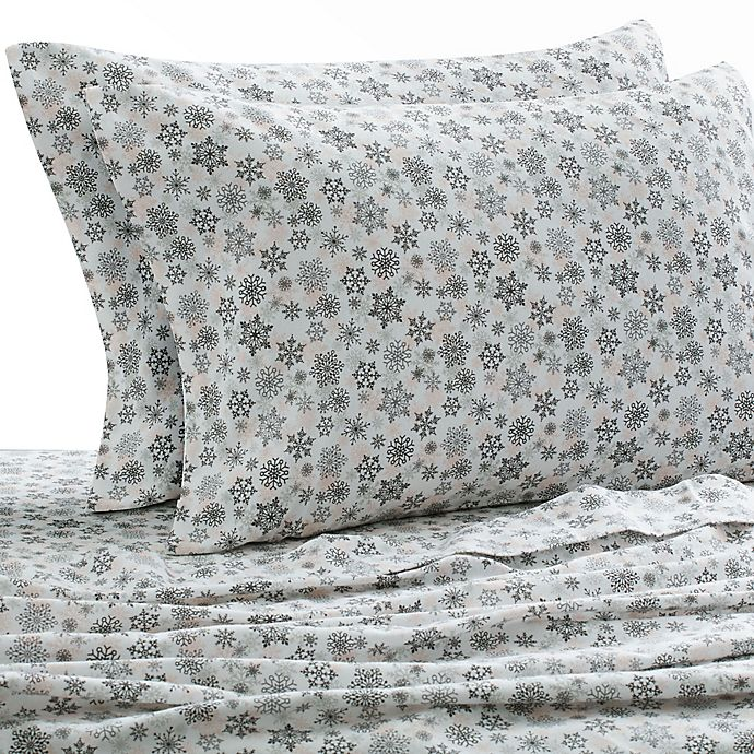 Alternate image 1 for Laundry by SHELLI SEGAL® 160 GSM Snowflake Flannel Sheet Set