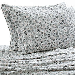 Laundry by SHELLI SEGAL® 160 GSM Snowflake Flannel Sheet Set