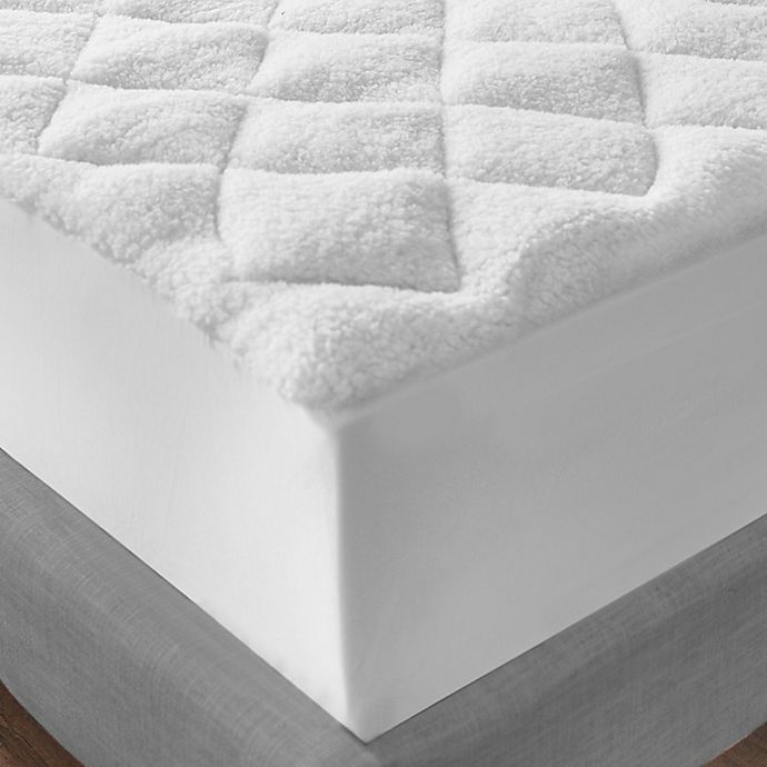 Alternate image 1 for SensorPEDIC All Seasons Reversible Full Mattress Pad