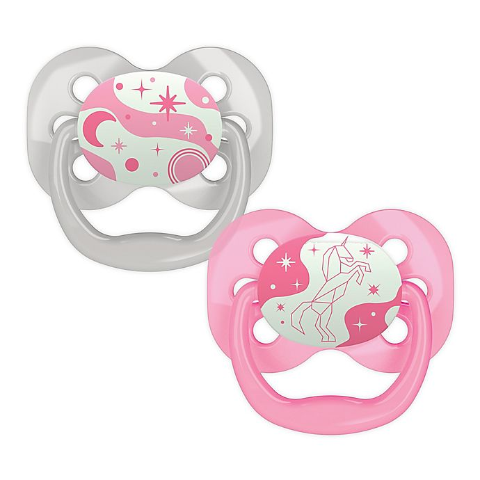 Alternate image 1 for Dr. Brown's® Advantage™ 2-Pack Stage 1 Glow in the Dark Pacifiers