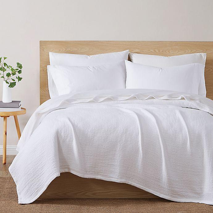 Alternate image 1 for Under The Canopy® Organic Cotton Matelasse Blanket