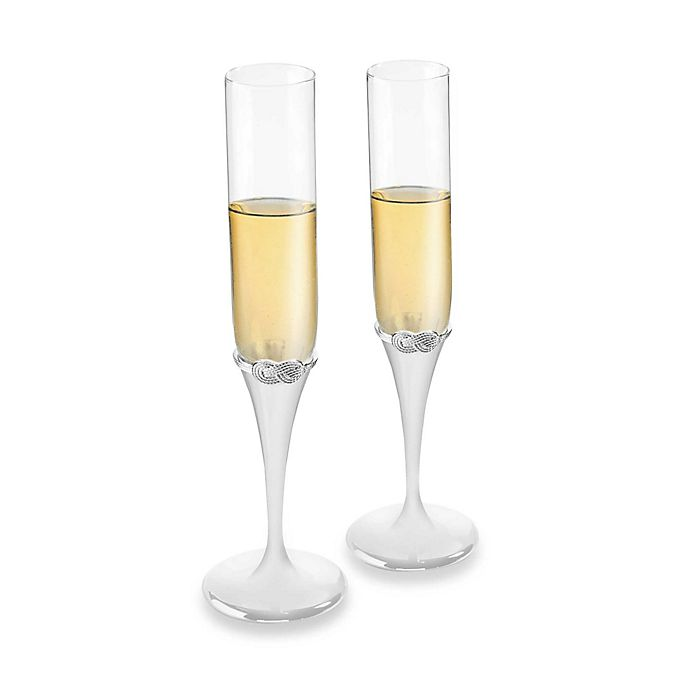 Alternate image 1 for Vera Wang Wedgwood® Vera Infinity Toasting Flutes (Set of 2)