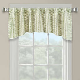 Lancaster Embroidered Arch Scallop Valance in Green