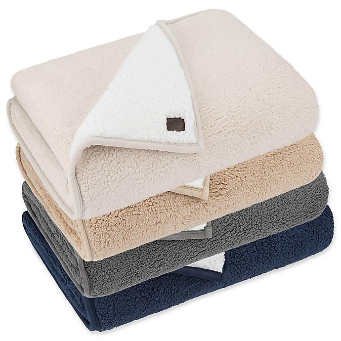 Alternate image 1 for UGG® Classic Sherpa Throw Blanket