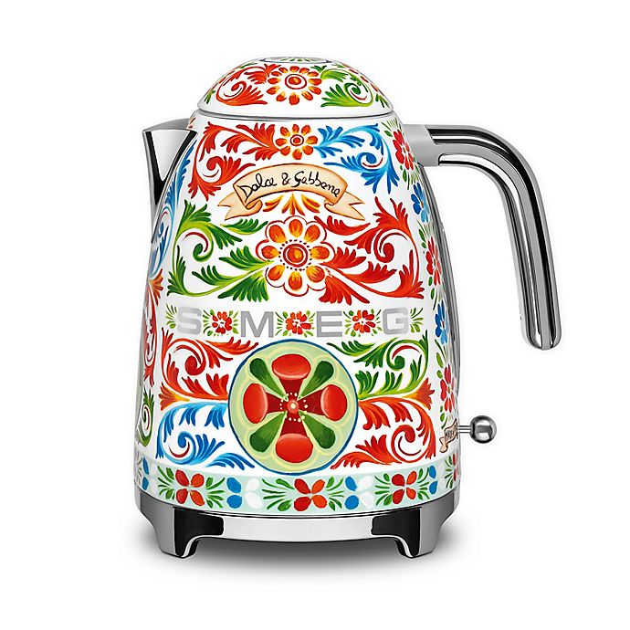 Alternate image 1 for SMEG Dolce & Gabbana 1.7 qt. Electric Tea Kettle