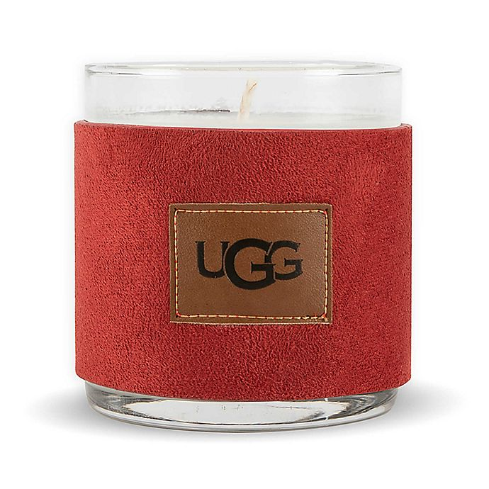 Alternate image 1 for UGG® Byron 14 Oz. Cinnamon Spice Scented Candle