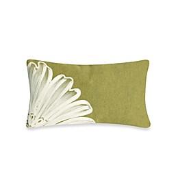 Liora Manne Outdoor Throw Pillow in Antique Medallion