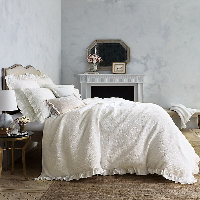 Alternate image 1 for Wamsutta® Vintage Blythe Jacquard Ogee Waffle Textured Duvet Cover in White