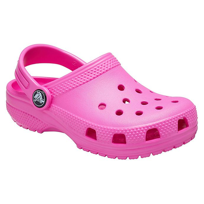 Alternate image 1 for Crocs™ Classic Size 4  Kids' Clog in Electric Pink