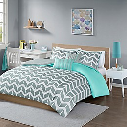 Intelligent Design Nadia Reversible Duvet Cover Set in Teal