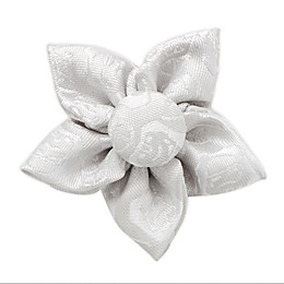Star Wars™ Stormtrooper Star Lapel Flower