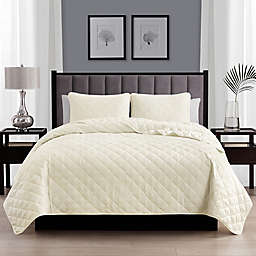 Cathay Home Home Basics 3-Piece King/California King Quilt Set in Ivory