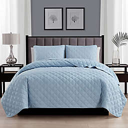 Cathay Home Home Basics 3-Piece King/California King Quilt Set in Light Blue