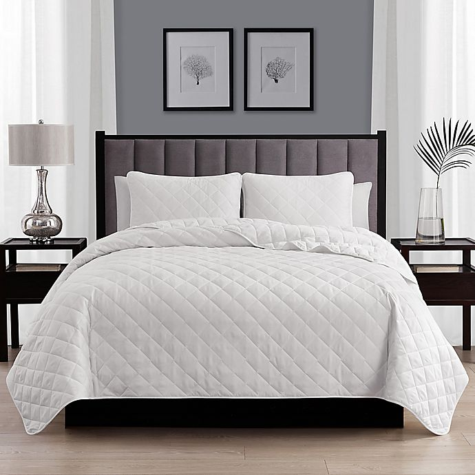 Alternate image 1 for Cathay Home Home Basics 3-Piece Full/Queen Quilt Set in White