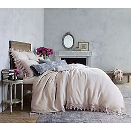 Wamsutta™ Vintage Evelyn Lace Queen Duvet Cover in Pink