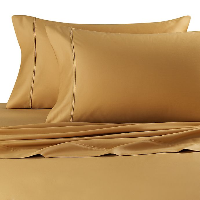 Alternate image 1 for Robin Wilson Home 500-Thread-Count Queen Deep Pocket Sheet Set in Gold