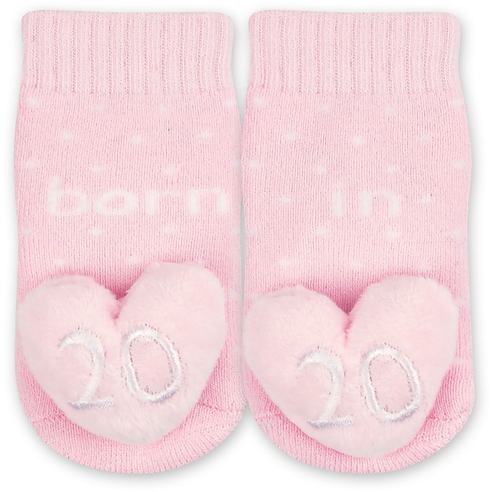Alternate image 1 for IQ Kids Size 0-6M 2020 Heart Rattle Socks in Pink