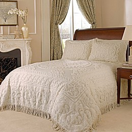 Medallion Chenille Bedspread in Ivory