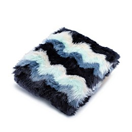 UGG® Laguna Throw Blanket