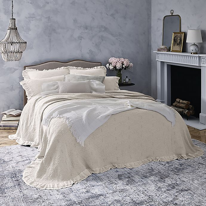 Alternate image 1 for Wamsutta® Vintage Clermont King Bedspread in Light Grey