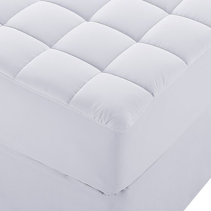 Alternate image 1 for Claritin Cotton Queen Mattress Pad