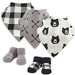 Yoga Sprout® 5-Piece Bear Bib and Sock Set in Black/Grey