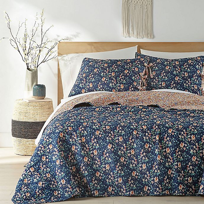 Alternate image 1 for Georgina 2-Piece Reversible Twin Quilt Set in Navy/Cream