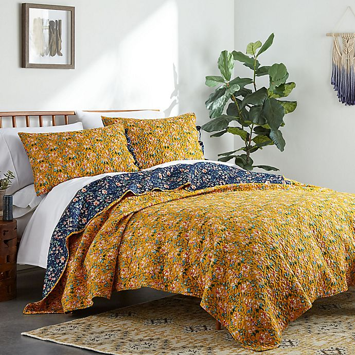 Alternate image 1 for Bryce 3-Piece Reversible King Quilt Set in Navy/Gold