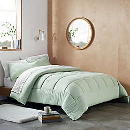 UGG® Devon 2-Piece Reversible Twin/Twin XL Comforter Set in Mint