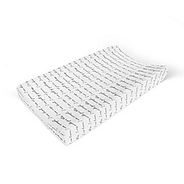 Goumi® Patterns Changing Pad Cover in Black/White