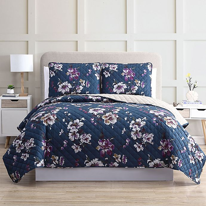 Alternate image 1 for Gloria Vanderbilt Giselle 3-Piece Quilt Set