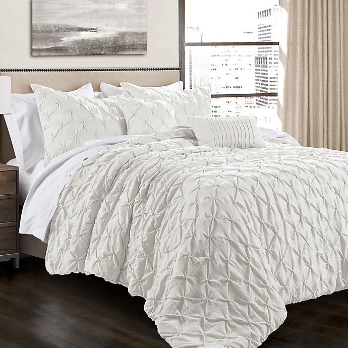 Lush Decor Ravello Pintuck Comforter