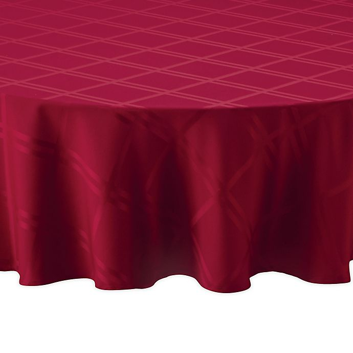 Alternate image 1 for Wamsutta® Solid 70-Inch Round Tablecloth in Ruby
