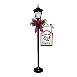 Winter Wonderland Holiday Lamp Post in Black