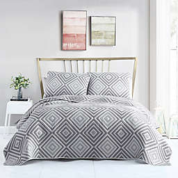 VCNY Home Nevin 3-Piece Matelassé Diamond Quilt Set in Grey