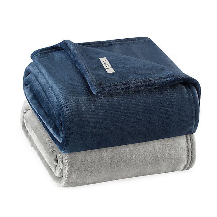 Alternate image 1 for Solid Ultra Soft Plush Blanket