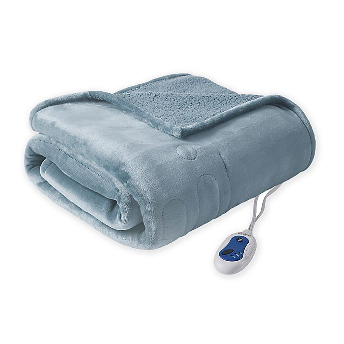 Alternate image 1 for Beautyrest® Berber Solid Microlight Heated Throw Blanket in Sapphire