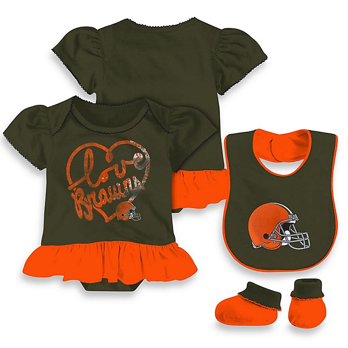 61f2829e NFL Cleveland Browns 3-Piece Girl Creeper Bib and Bootie Set | Bed ...