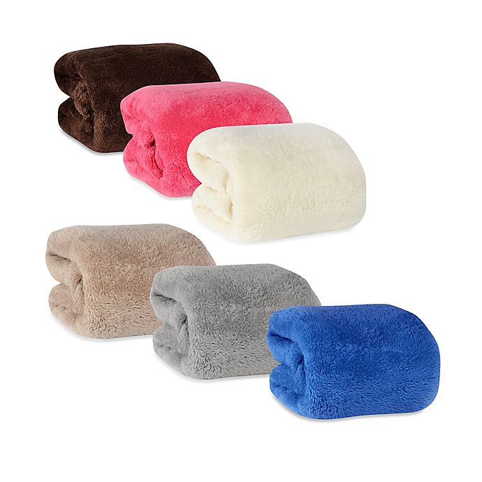 Alternate image 1 for Berkshire Blanket® Fluffie Throw
