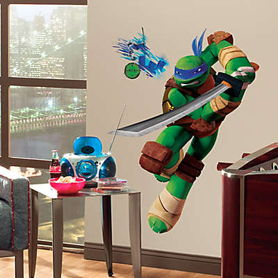 Teenage Mutant Ninja Turtles Leo Giant Peel and Stick Wall Decals