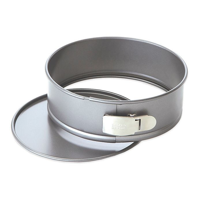 Alternate image 1 for Chicago Metallic™ Professional 9-Inch Springform Pan with Armor-Glide Coating