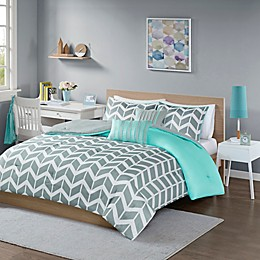 Intelligent Design Nadia 4-Piece Reversible Twin/Twin XL Comforter Set